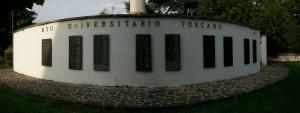 Le lapidi con i nomi dei caduti, che sono tanti comein  tutte le guerre, del battaglione  universitario Toscano.